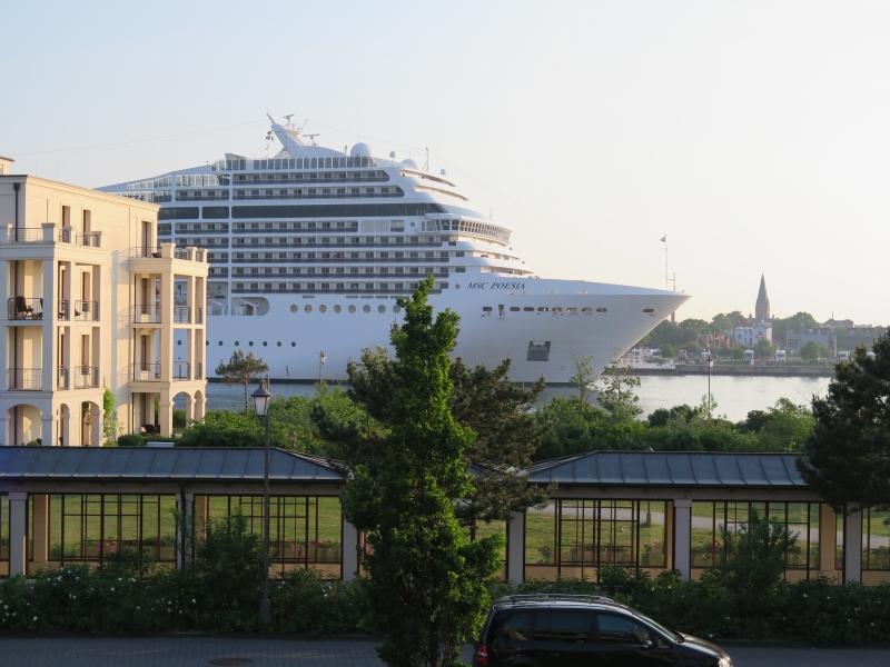 Yachthafenresidenz Hohe Düne_003