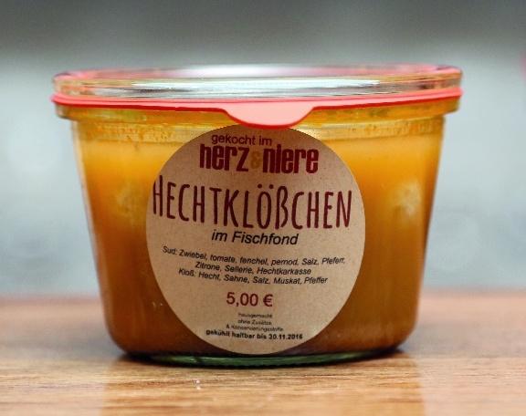 toller-hecht-und-alte-schule024
