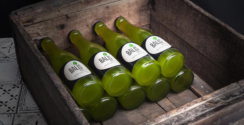 BALIS Basilikum Ingwer Drink_Kiste_Holz2