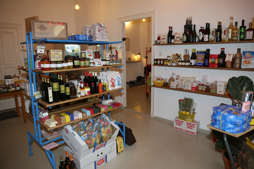 Amore Store Laden