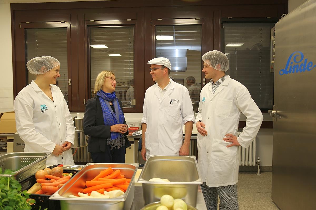 Gemüsepaste Brühwürfel SweMa Schule